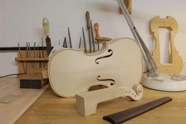 Old Violin Workshop - violin being built